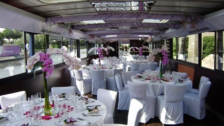 seine reception paris 02 - Location Peniche Mariage Paris