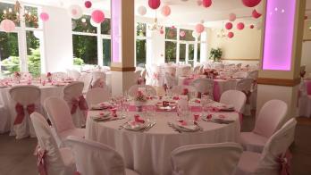 Une salle de réception de toute beauté, pour un mariage de rêve en Seine-et-Marne ! Venez la visiter et réserver la.